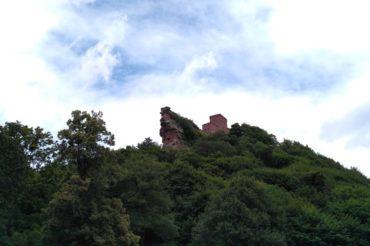 Trekking – Felsen und Burgen