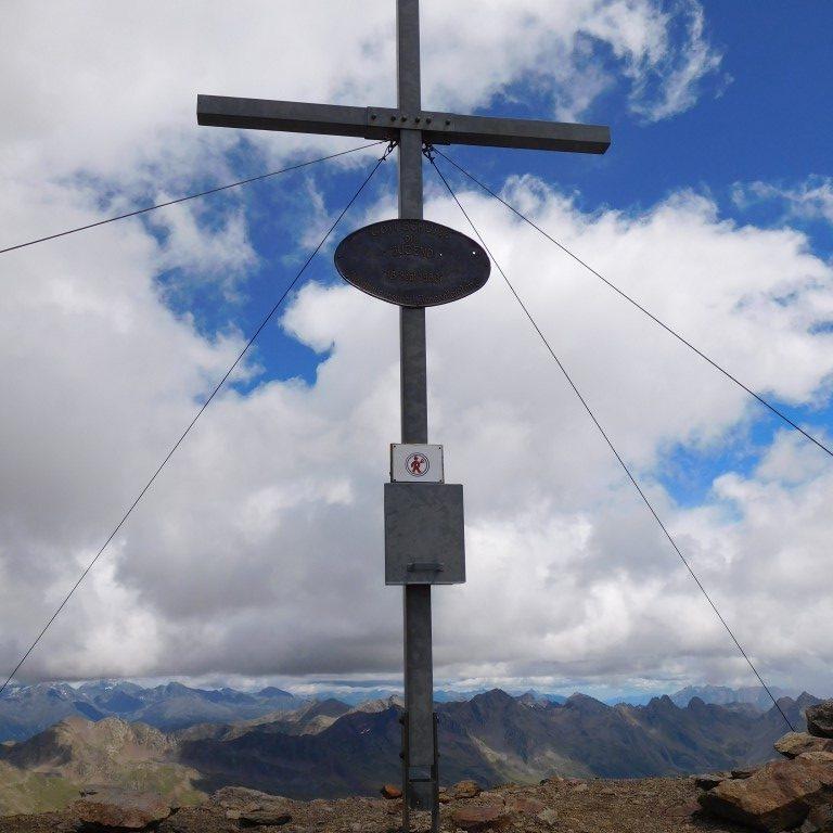 Gipfelkreuz Großes Degenhorn